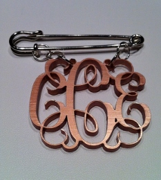 Acrylic Personalized Monogrammed Vines Font Brooch